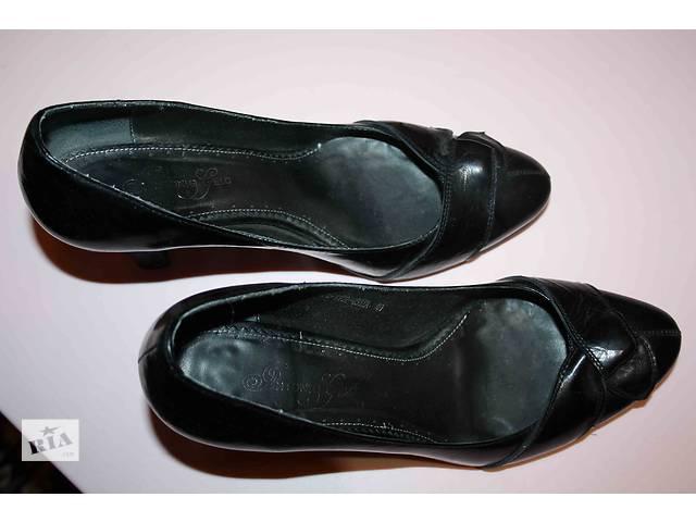 купить бу Кожаные женские туфли в Киеве