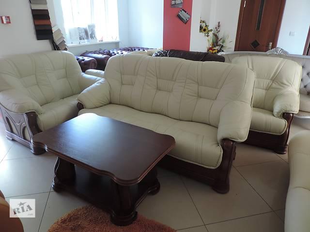 продам кожаный уголок, кожаный комплект диван3+диван2+кресло + стол бу в Дрогобыче