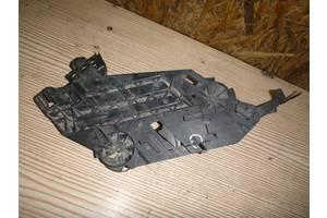 б/у Крепление фары Skoda Octavia A5