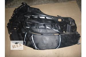 б/у Кронштейн бампера Renault Trafic