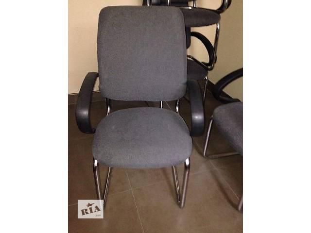купить бу Кресла серые с хромироваными ножками в Киеве