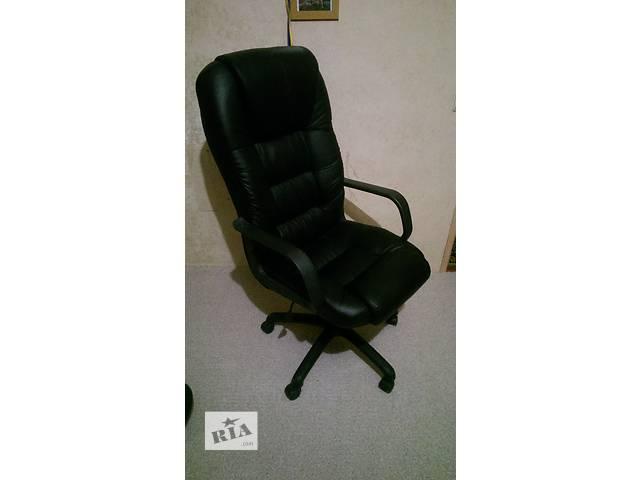 купить бу Кресло офисное черное Эко кожа в Виннице