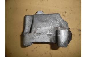 б/у Подушки АКПП/КПП Volkswagen Caddy