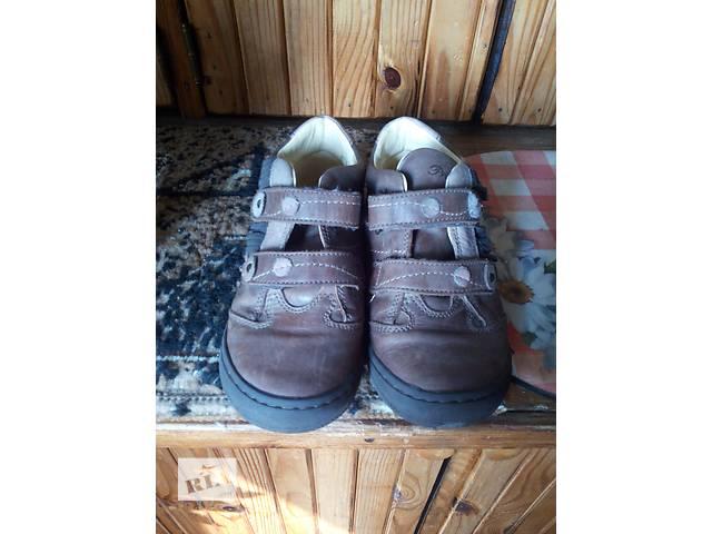 продам кросовки для мальчика бу в Днепре (Днепропетровск)