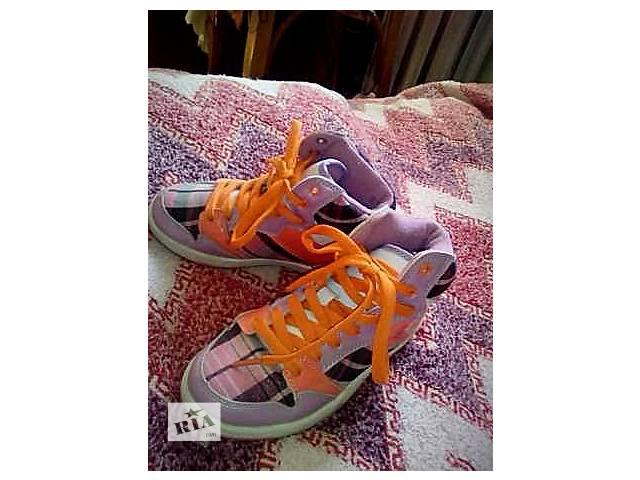 купить бу кроссовки для девочки в Тернополе