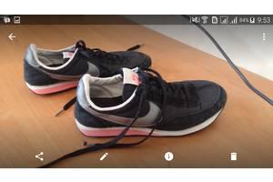 б/у Женская обувь Nike