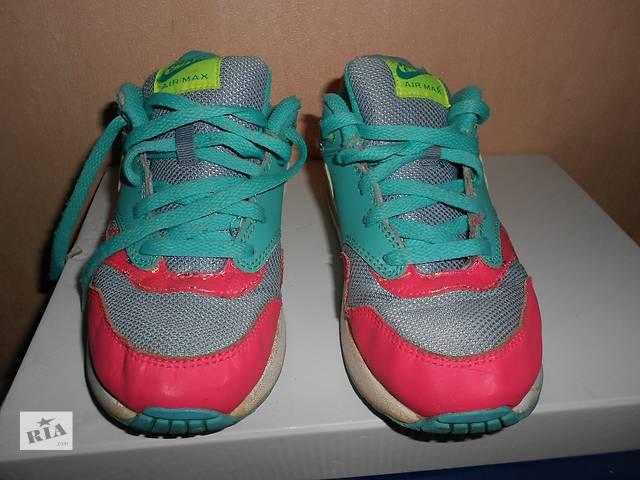 продам кроссовки Nike, 33 размер, стелька 20,5 см, оригинал, бу в Николаеве