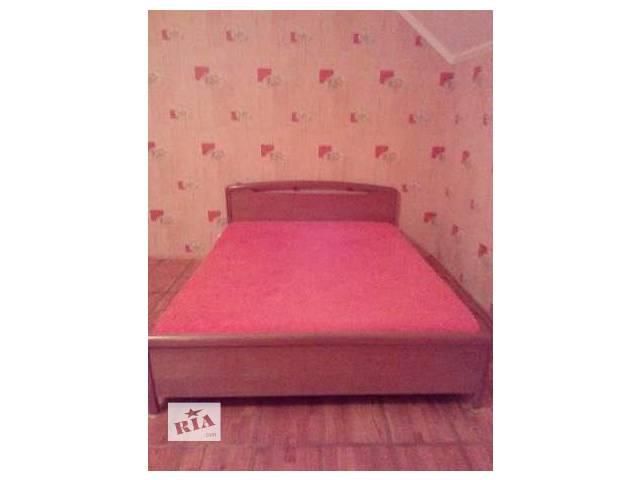 продам кровать двуспальная с матрасом 160х200 бу в Саках