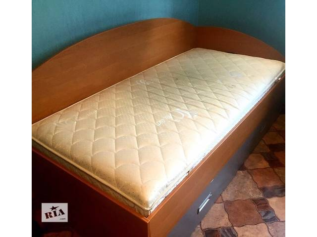 Кровать - объявление о продаже  в Днепре (Днепропетровск)
