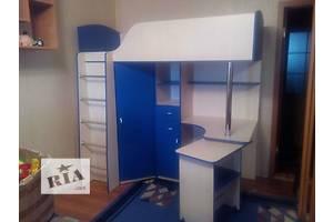Кровать с выдвижным столом (к9) Merabel