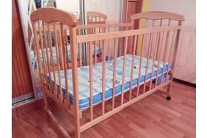 б/у Кровати для новорожденных Golden Baby