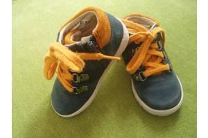 б/у Детская обувь Clarks