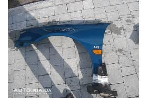 Крылья задние Toyota Avensis