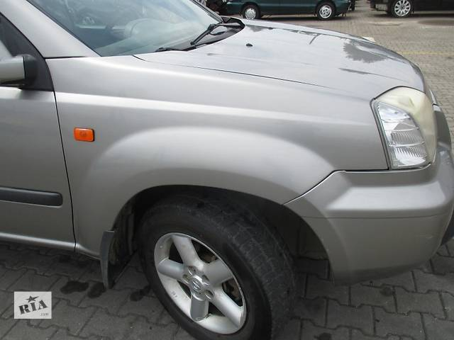 бу Крыло Nissan X-Trail Крило в Ровно