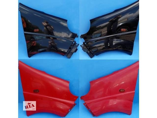 купить бу  Крыло переднее, крило переднє Renault Trafic 1.9, 2.0, 2.5 Рено Трафик (Vivaro, Виваро) 2001-2009гг в Ровно