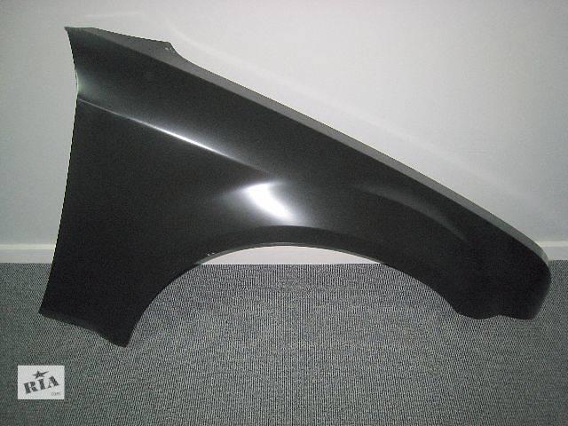бу  Крыло переднее правое  для седана Chrysler 300 С 2005-2010 в Киеве