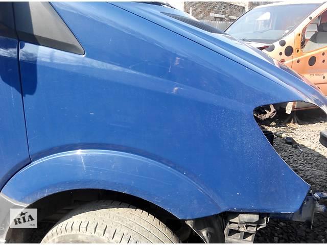 бу Крыло переднее правое Мерседес Спринтер 906 (215, 313, 315, 415, 218, 318, 418, 518) 2006-12р в Ровно