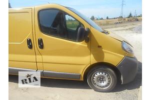 б/у Крыло переднее Opel Vivaro груз.