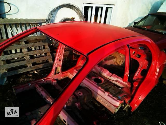 купить бу Крыша со стойками седан  Chevrolet Aveo т200 Б/у крыша для седана в Ивано-Франковске