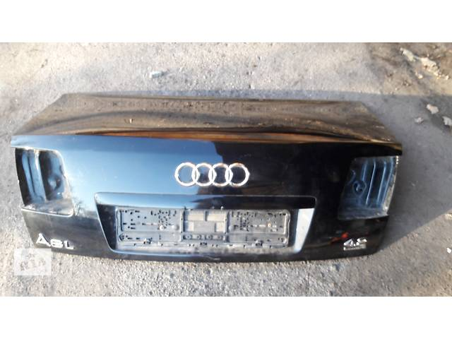 купить бу  Крышка багажника для легкового авто Audi A8 в Запорожье
