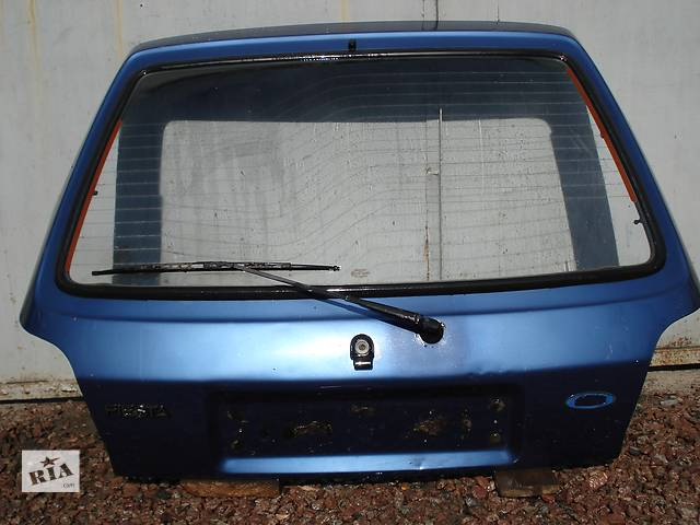 бу  Крышка багажника для легкового авто Ford Fiesta в Киеве