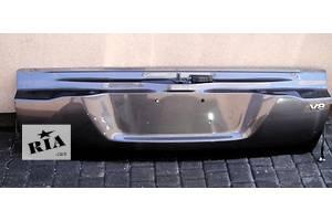 Крышки багажника Toyota Land Cruiser 200