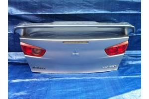 Крышки багажника Mitsubishi Lancer X