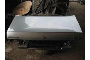 Крышки багажника Mitsubishi Sigma