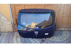 Крышки багажника Renault Sandero