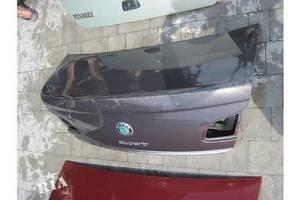 Крышки багажника Skoda SuperB