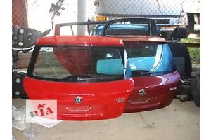 Крышки багажника Skoda Fabia