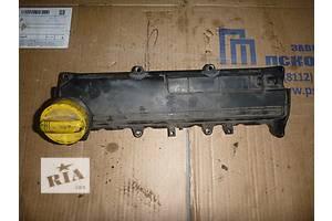 б/у Крышка клапанная Renault Kangoo