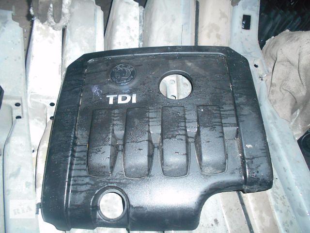 бу крышка мотора для Skoda Octavia A5, 2.0tdi, 2006, 03G103925BP в Львове
