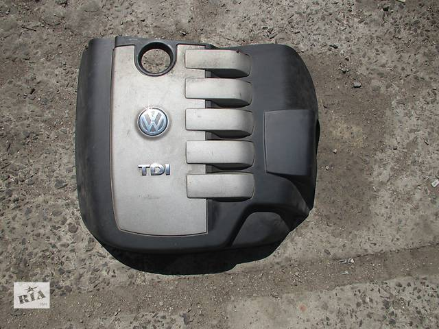 продам Крышка мотора Volkswagen Touareg Фольксваген Туарег 2003 - 2009 бу в Ровно
