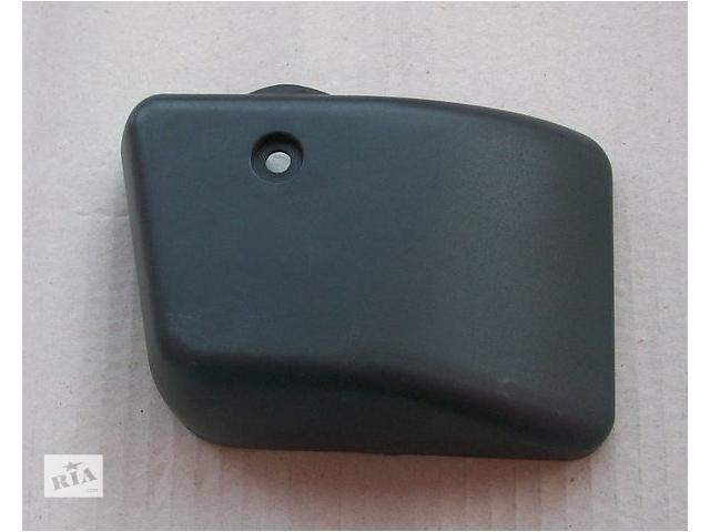 купить бу Крышка нижнего крепления  зеркала MAN L2000, LE. в Тернополе