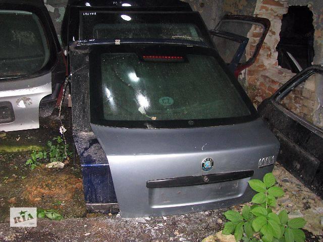 купить бу Крышка багажника Skoda Octavia Хэтчбек 2004 в Львове