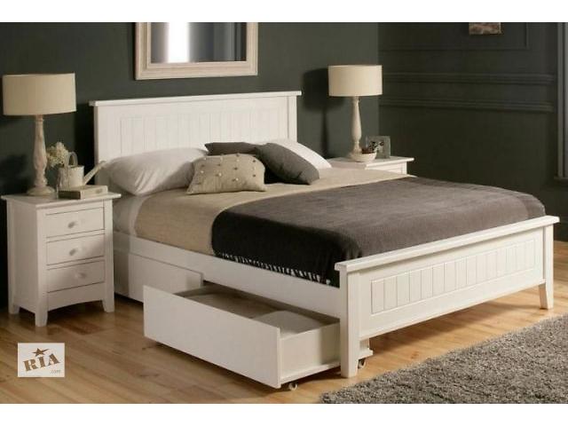 Двуспальные кровати из дерева фото