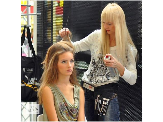 купить бу Курс - Майстер перукар для салону  в Украине