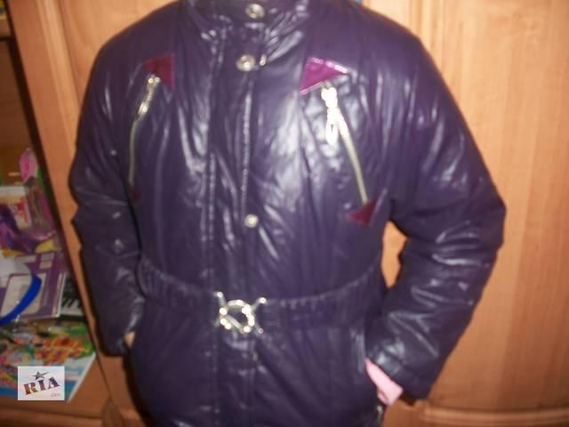 бу Курточка на осень/весну размер 128/134 в Мукачево