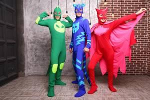 Одежда, костюмы