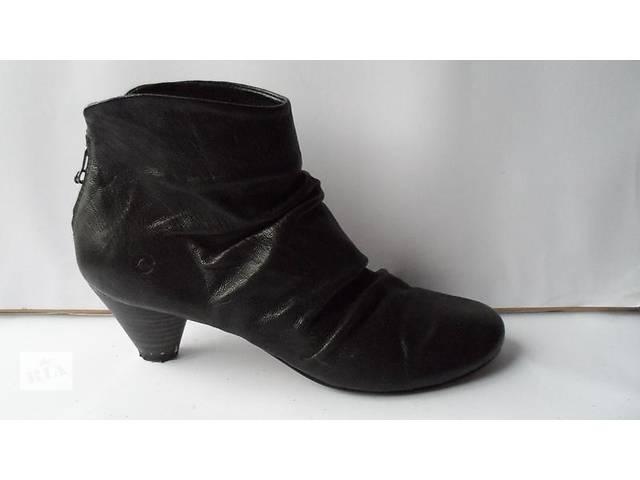 бу Лёгкие кожаные ботиночки. размер 39 в Калуше