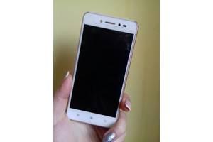 б/у Сенсорные мобильные телефоны Lenovo Lenovo S90