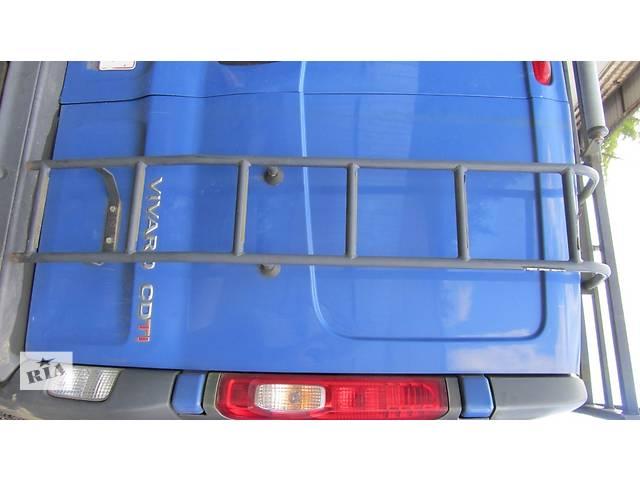 купить бу Лесница на дверь заднюю (можно с дверью) Renault Trafic Рено Трафик Opel Vivaro Опель Виваро Nissan в Ровно