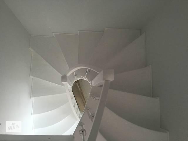 купить бу Лестницы в Киеве