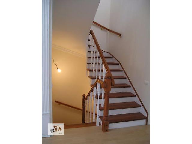 продам Лестницы и двери деревянные по приемлемой цене. бу в Броварах