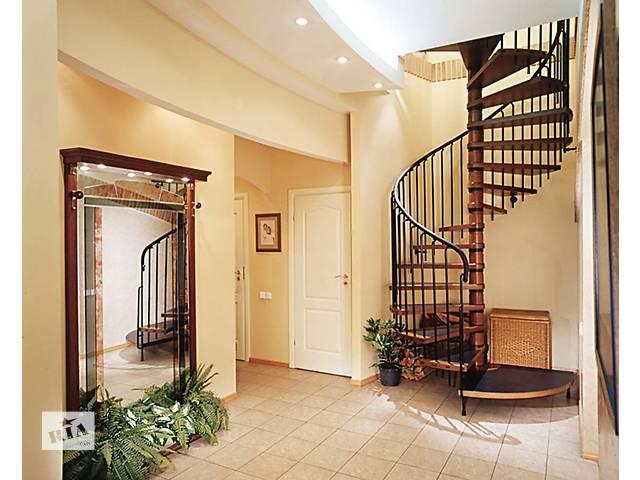 бу Лестницы из дерева в Одессе