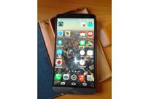б/у Сенсорні мобільні телефони LG