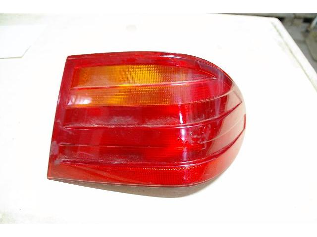 купить бу Ліхтар задній для легкового авто Mercedes E-Class 210 в Львове