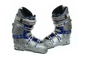 б/у Ботинки для лыж Dalbello