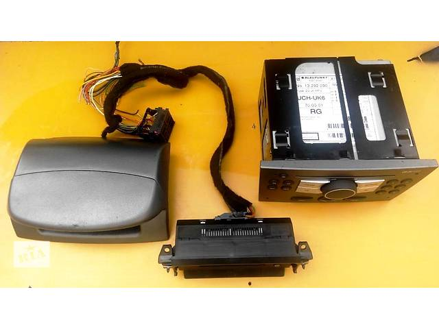 Магнитола MP 3 дисплей Opel Vivaro Опель Виваро Renault Trafic Рено Трафик Nissan Primastar- объявление о продаже  в Ровно